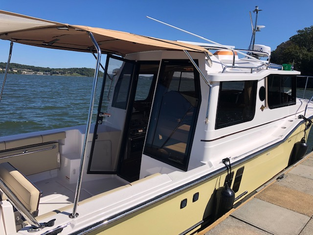 27 Ranger Tug 2019 Luxury Edition