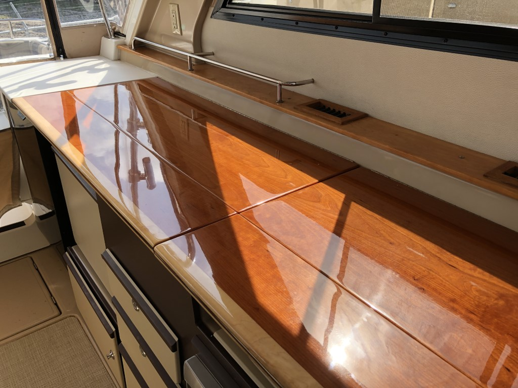 30 Cutwater sport coupe 2014 (15).jpg