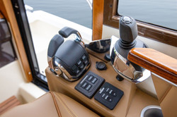 r-41-cb-feature-joystick-steering.jpg