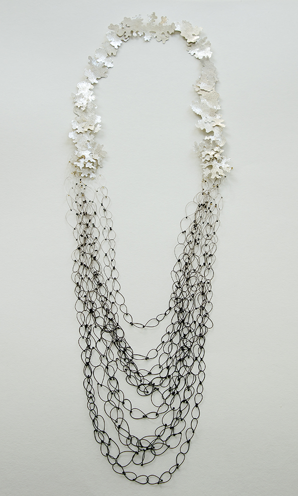 Merge necklace