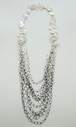Merge necklace