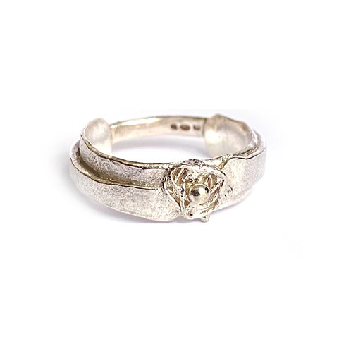 Tangle wrap ring, product shot