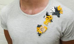 Lichen brooch