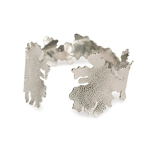 Foliose single cuff, sterling silver, oxidised silver, gold vermeil