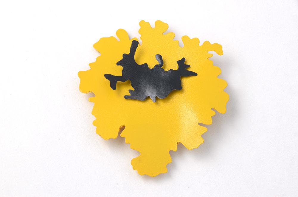 Lichen brooch (back)