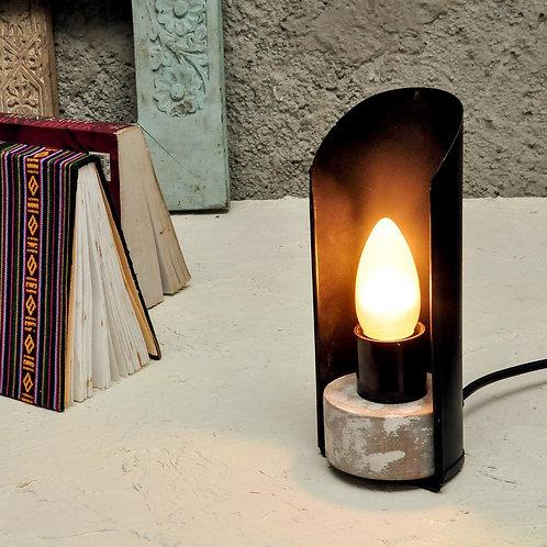 Scoop Desk Lamp