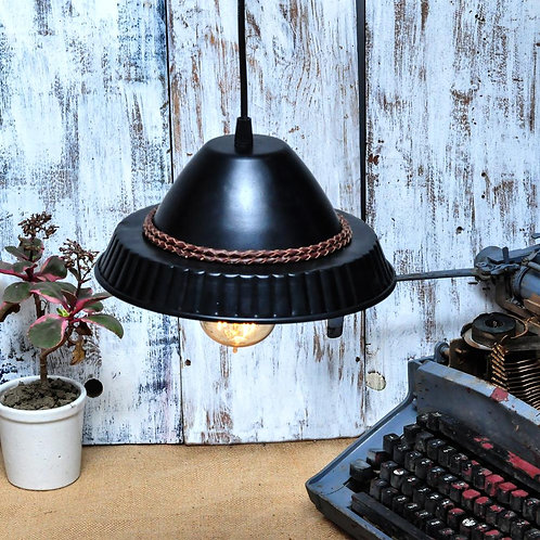 Industrial filament dome lamp