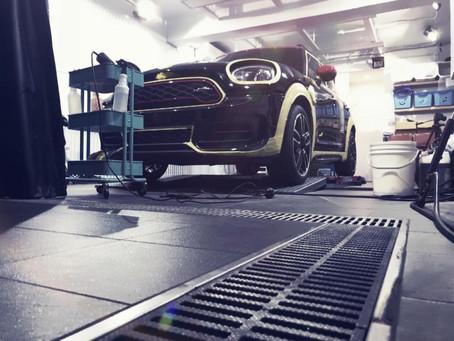 粉絲大哉問:如果要用鐵粉以及柏油藥劑,清潔蠟,跑土,可以簡述一下大概的洗車流程嗎?