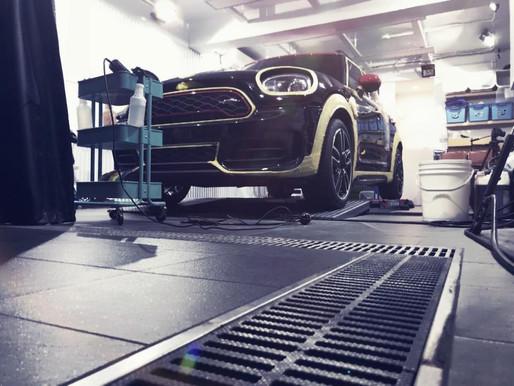 洗車人大哉問:如果要用鐵粉以及柏油藥劑,清潔蠟,跑土,可以簡述一下大概的洗車流程嗎?