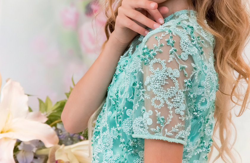 LACE BLOUSE WITH SHORT SLEEVES