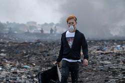 有毒ガスが蔓延する電子ゴミの荒野にて