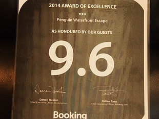 Penguin Waterfront Escape Tasmania, booking.com award of excellence, https://www.webcraft.asia