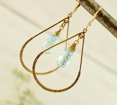 Raindrop Kiss Earrings