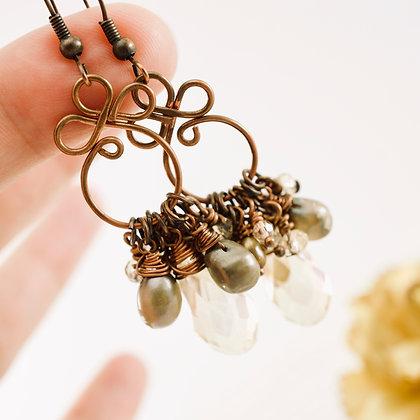 Gyspy Queen Earrings (champagne)