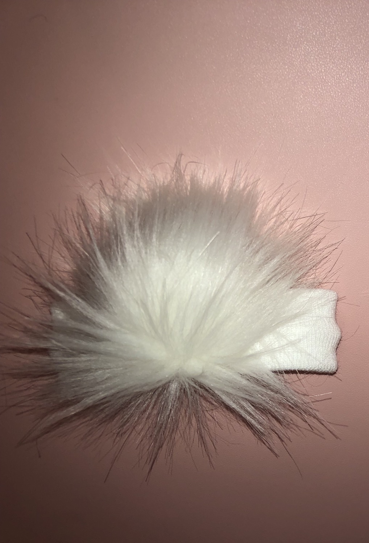 Pom-Pom ear warmers WHITE