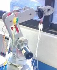 (337) Sistema para control y monitoreo de un brazo robótico en Moodle con fines didácticos