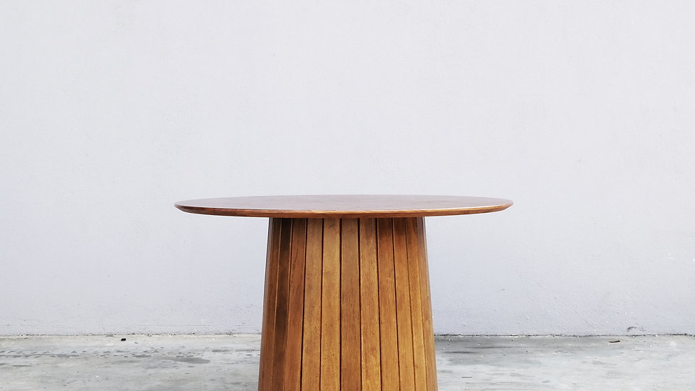 Polo Dining Table