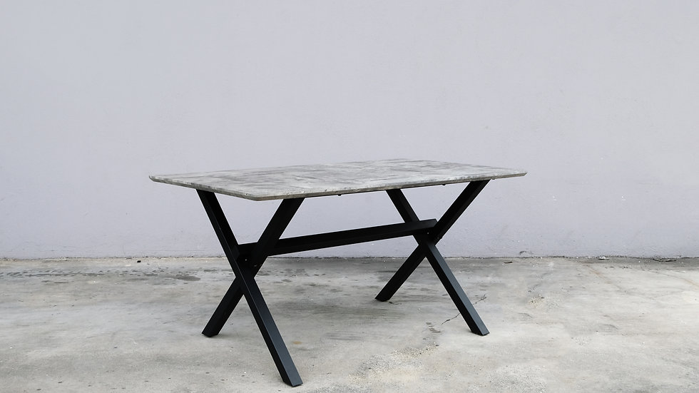 Mino Cross Table