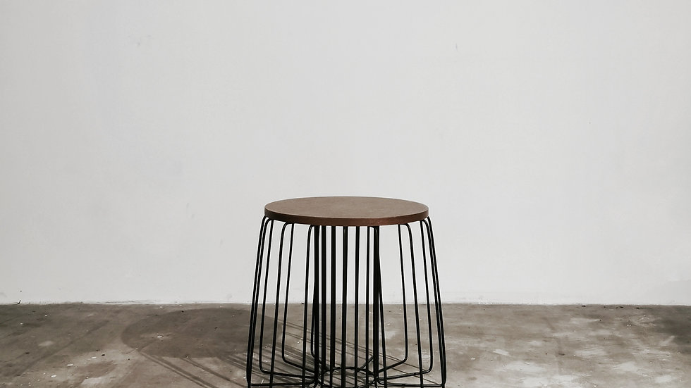 Tiro Side Table