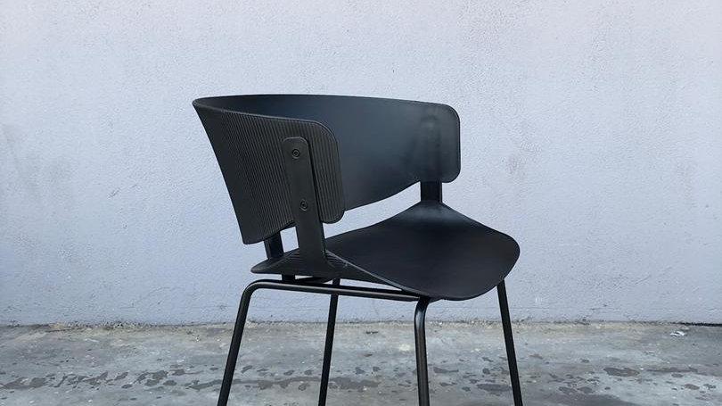Black Zetro Chair
