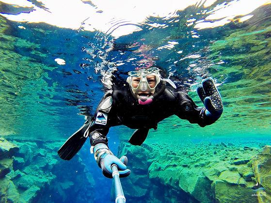 Snorkeling-Silfra-Thingvellir-Iceland-.j