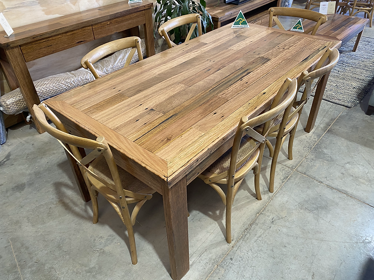 Karratha Dining table