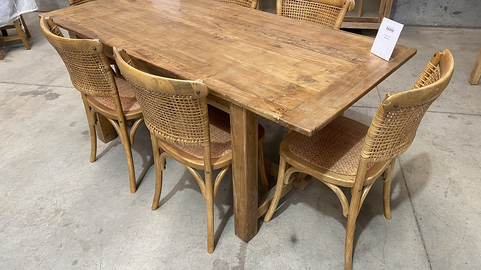 Stockton dining table