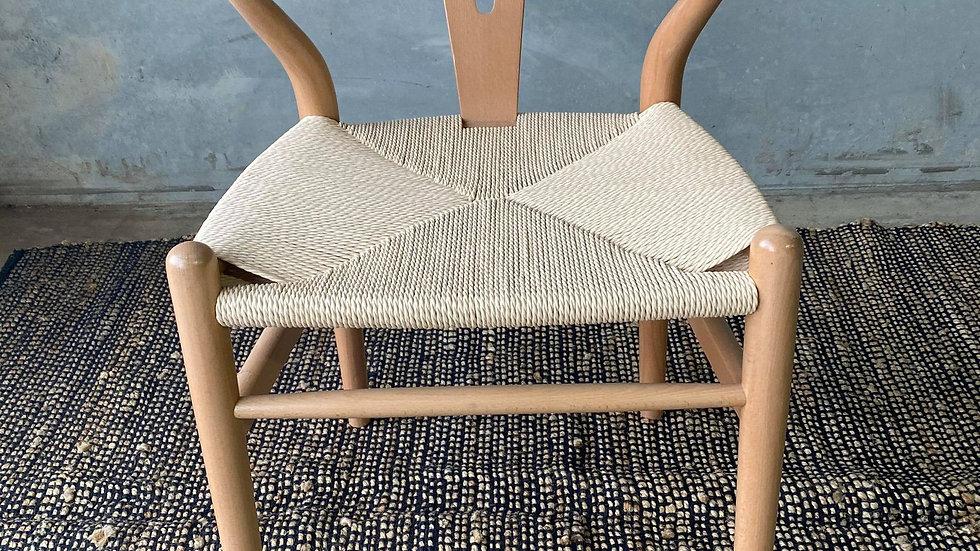Wish bone dining chair