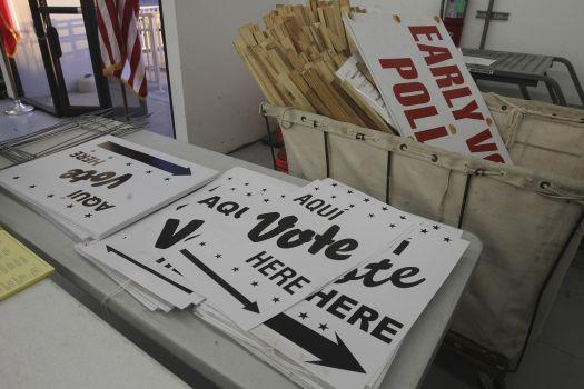Voting in San Antonio.jpg