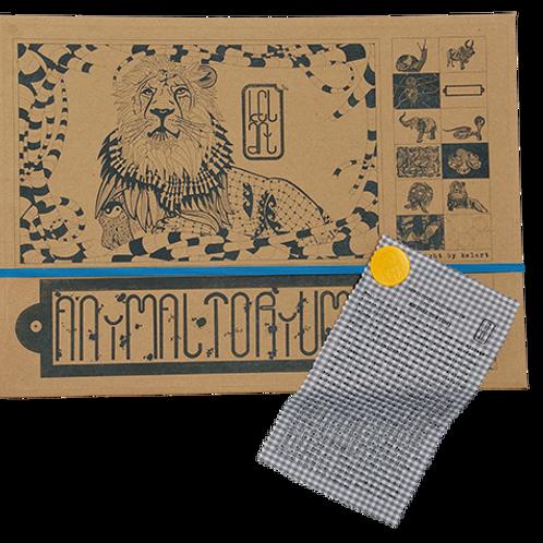 """Animaltorium, Ausmalbuch, """"Manuel"""", Verpackung Blau/Gelb/Braun"""