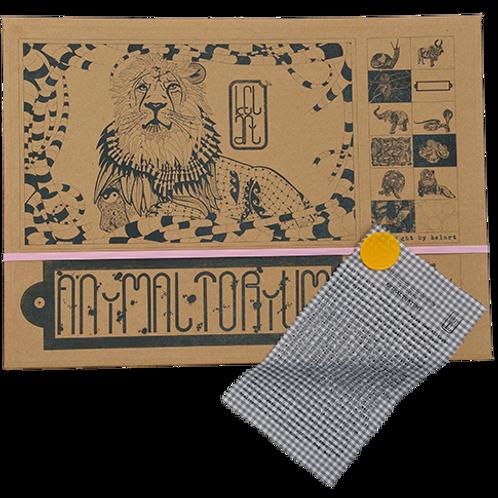 "Animaltorium, Ausmalbuch, ""Christian"", Verpackung Rosa/Gelb/Braun"