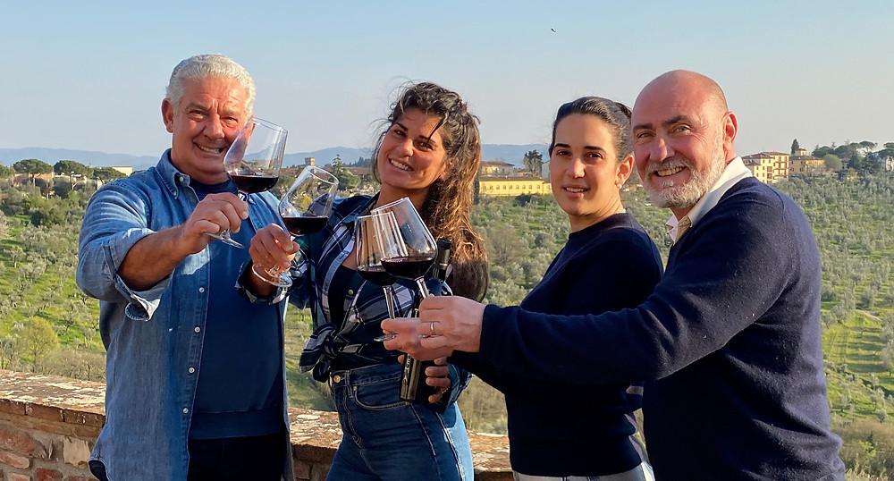 Alberto, Giulia e Livia Giannotti con Francesco Bellini