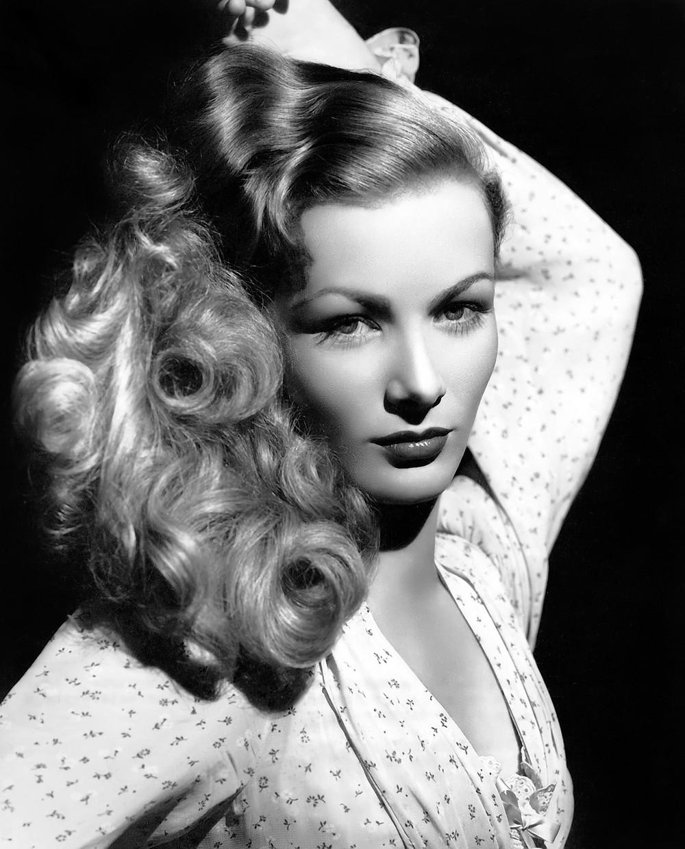 Veronica Lake bustershot, 1952, MGM