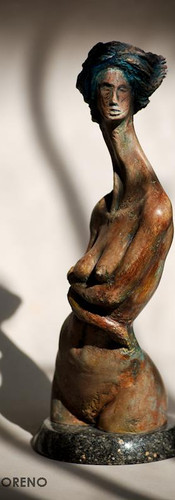 MORENO_escultura_mujer de resina (4)_web