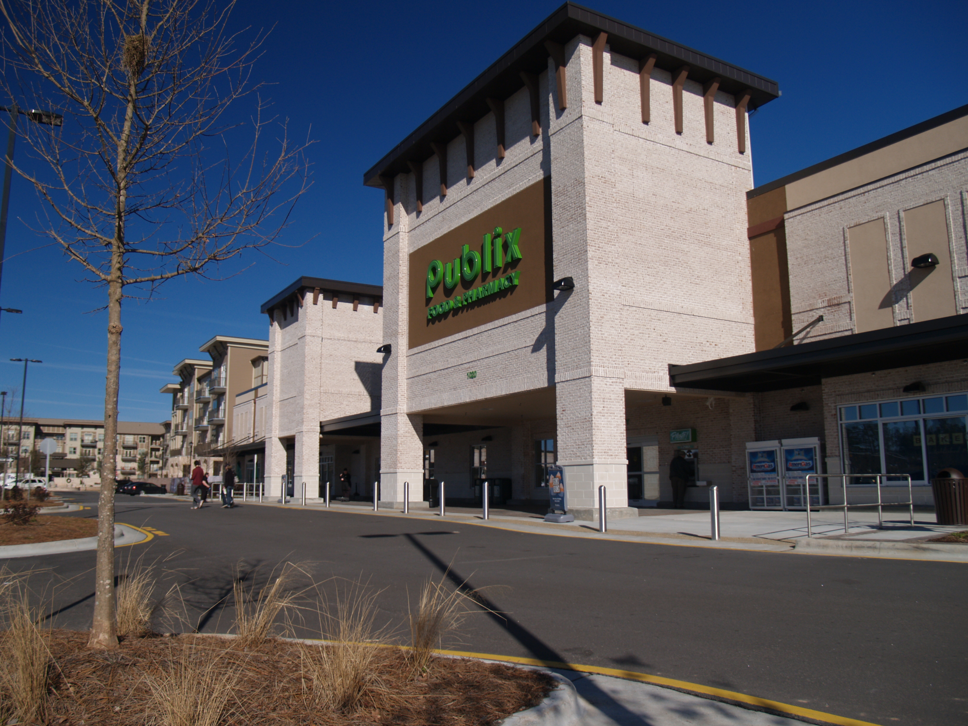 Bradford Publix and Shops,