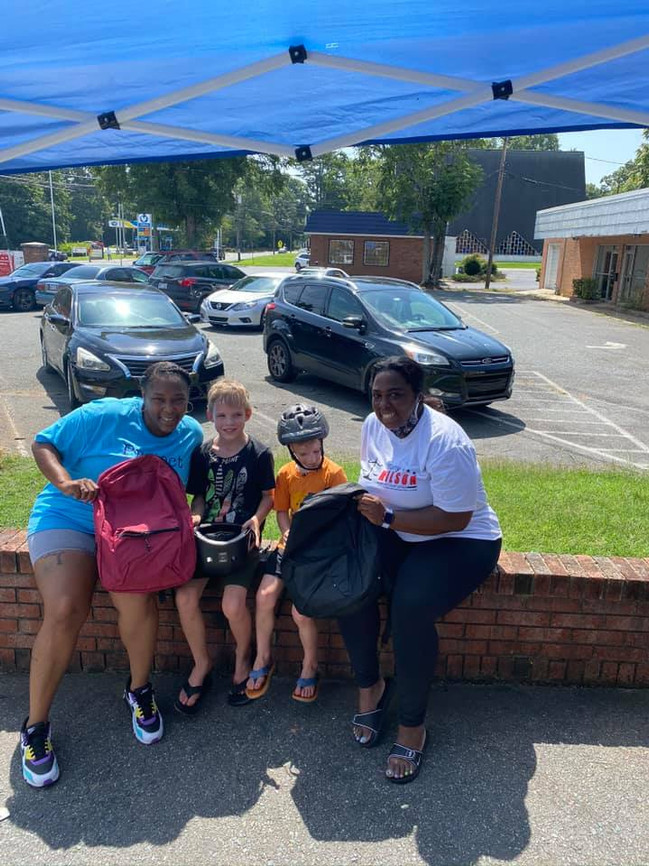 2020 school uniform and backpack giveaway