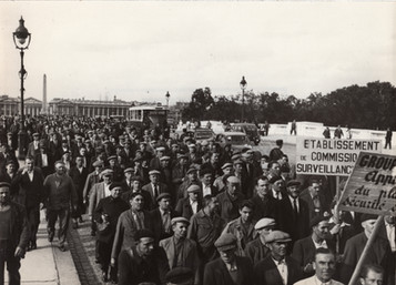 1946 - Parisiens manifestent pour 25% d'