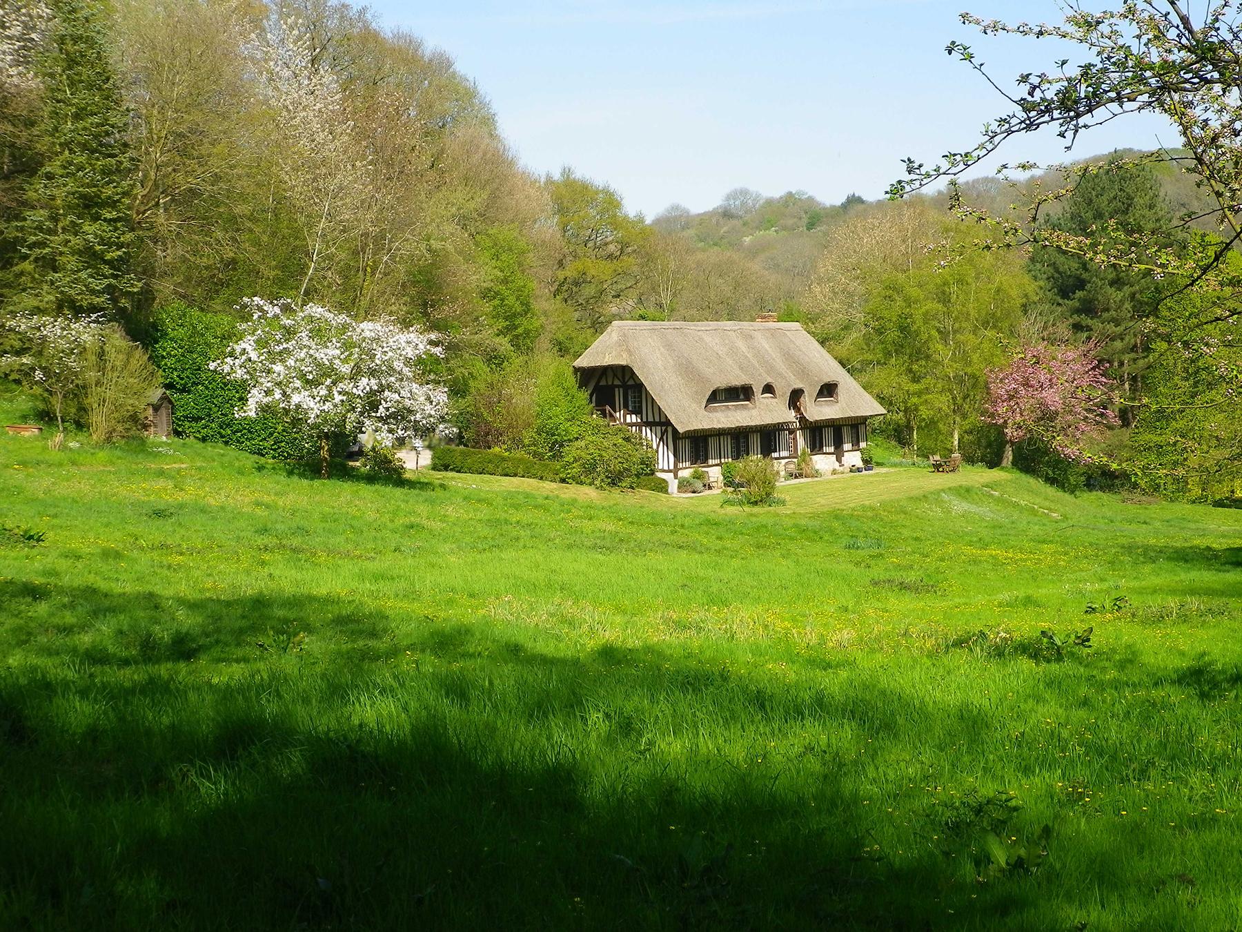 Retreat accomodation, rural france