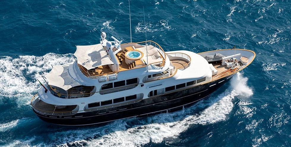 Lynx_yacht_for_charter_Robbie-bobby_8096