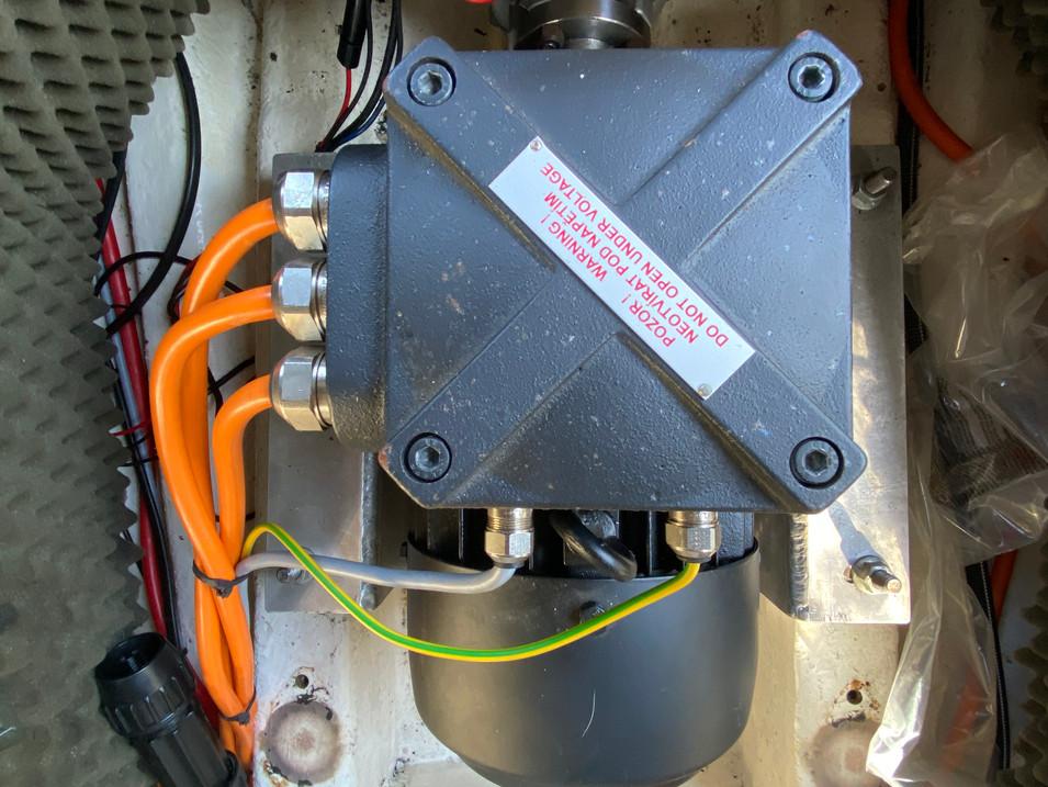 Elektrische sloep Antaris 520 te koop