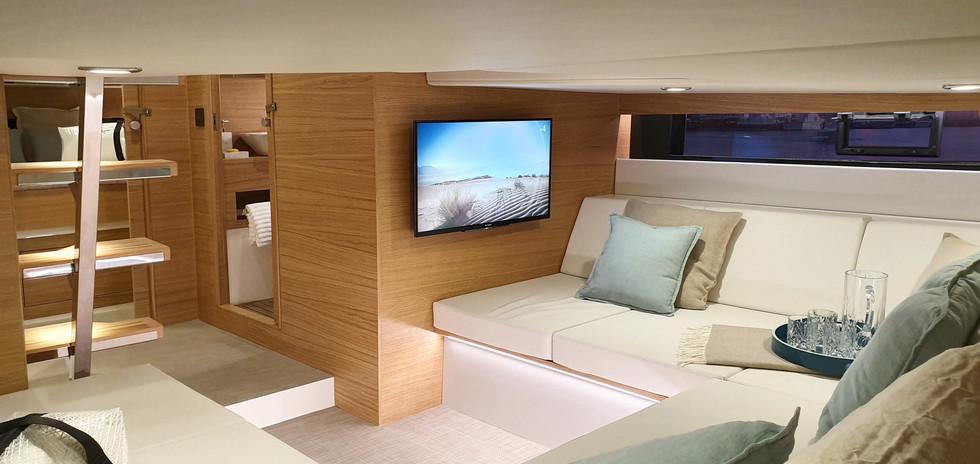De Antonio Yachts_D42_28.jpg