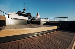 EXTREME LUXURY FAST POWER BOAT