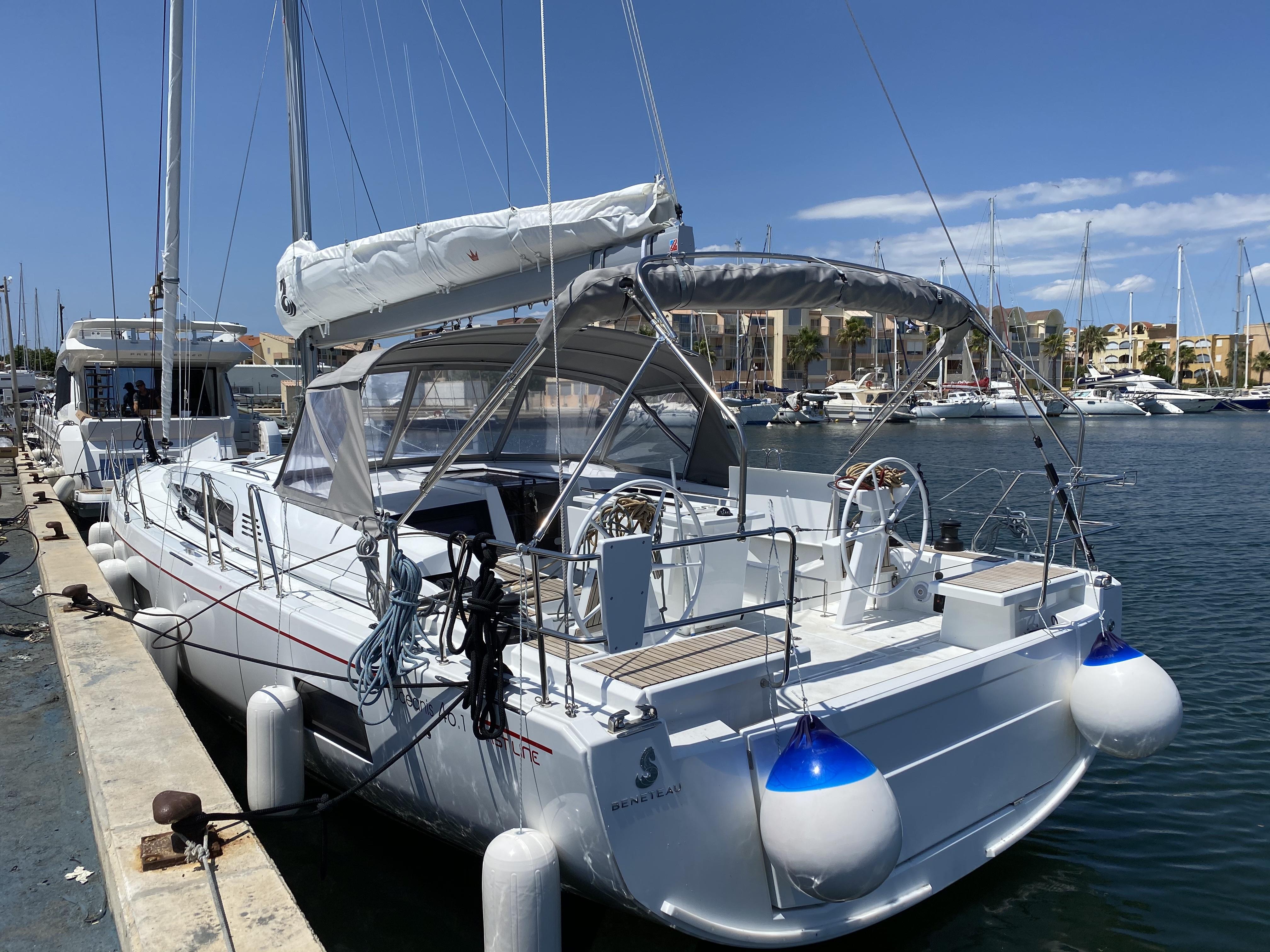 Bookings: info@ibiamare.com +34 673 361 640 Bareboat and crew charters Ibiza & Mallorca.