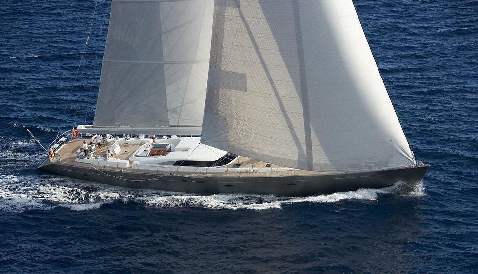 A-SULANA-sailing-20_edited.jpg