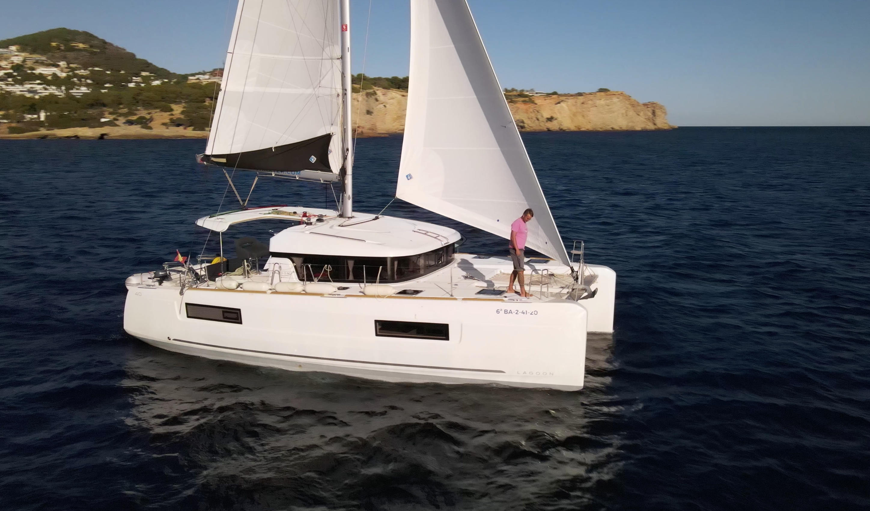 CATAMARAN CHARTER IBIZA MALLORCA LAGOON 40 HOLIDAY WEEKLY BOAT RENTAL
