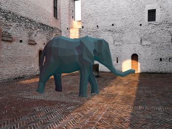 L'elefante è arrivato al Castello