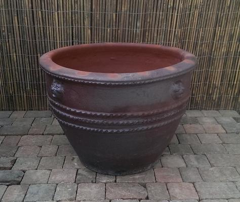 Iron Stone Garden Planter 5.png