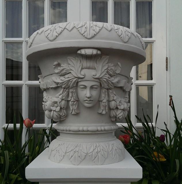 Cast Marble Venus Vase.png