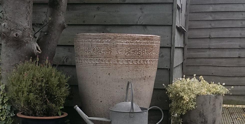 Medium Antique Creme Crucible