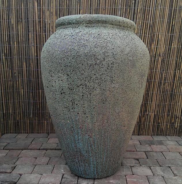 Atlantis Olive Jar Garden Planter.png
